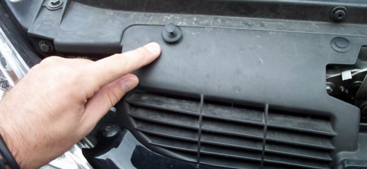 Araba Radyatörü Nasıl Sökülür